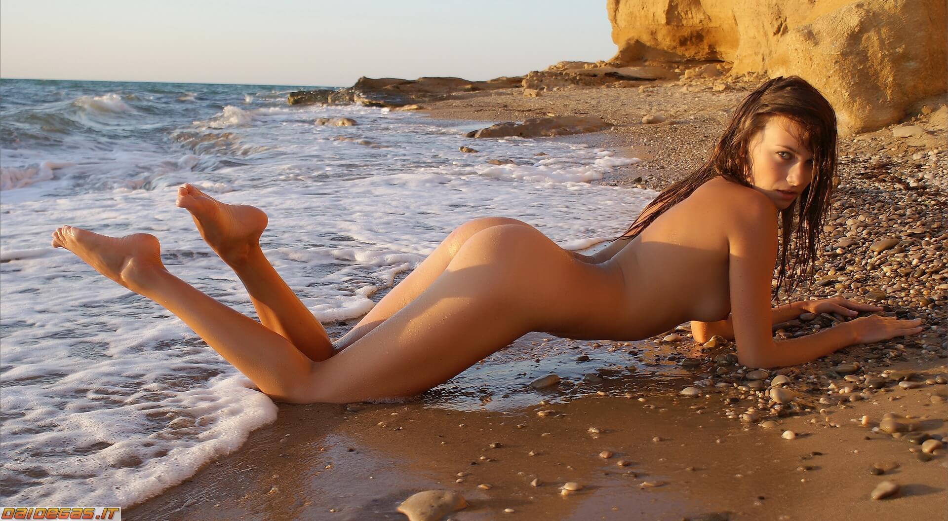 Фото совсем голая на пляже, Голые на пляже - нудистки, подгляд, частное. ВКонтакте 11 фотография