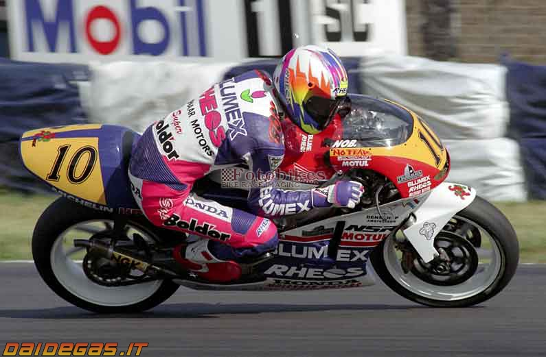 1995-nobuatsu-aoki-Honda-NSR250.jpg