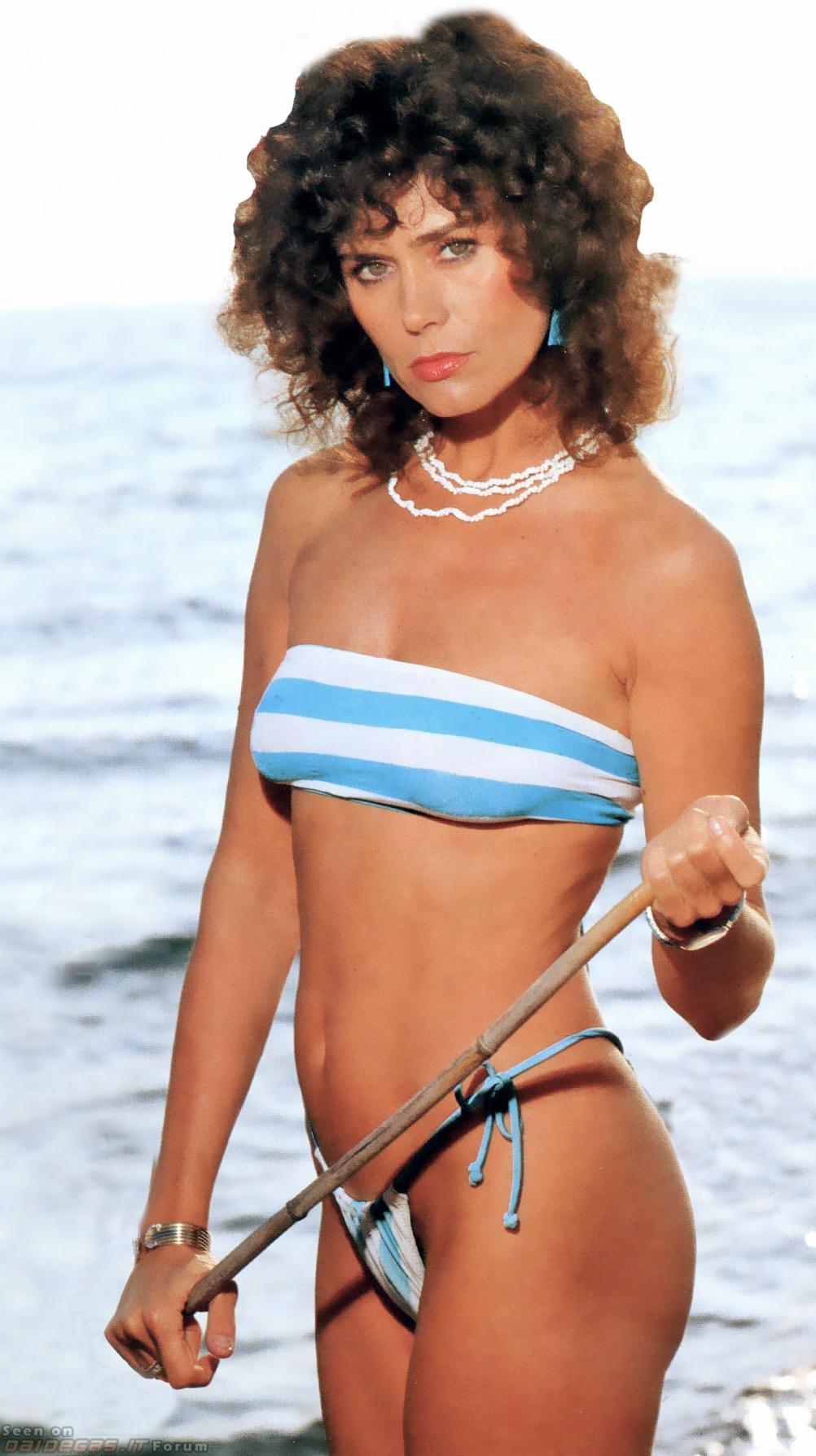 india actress boob show