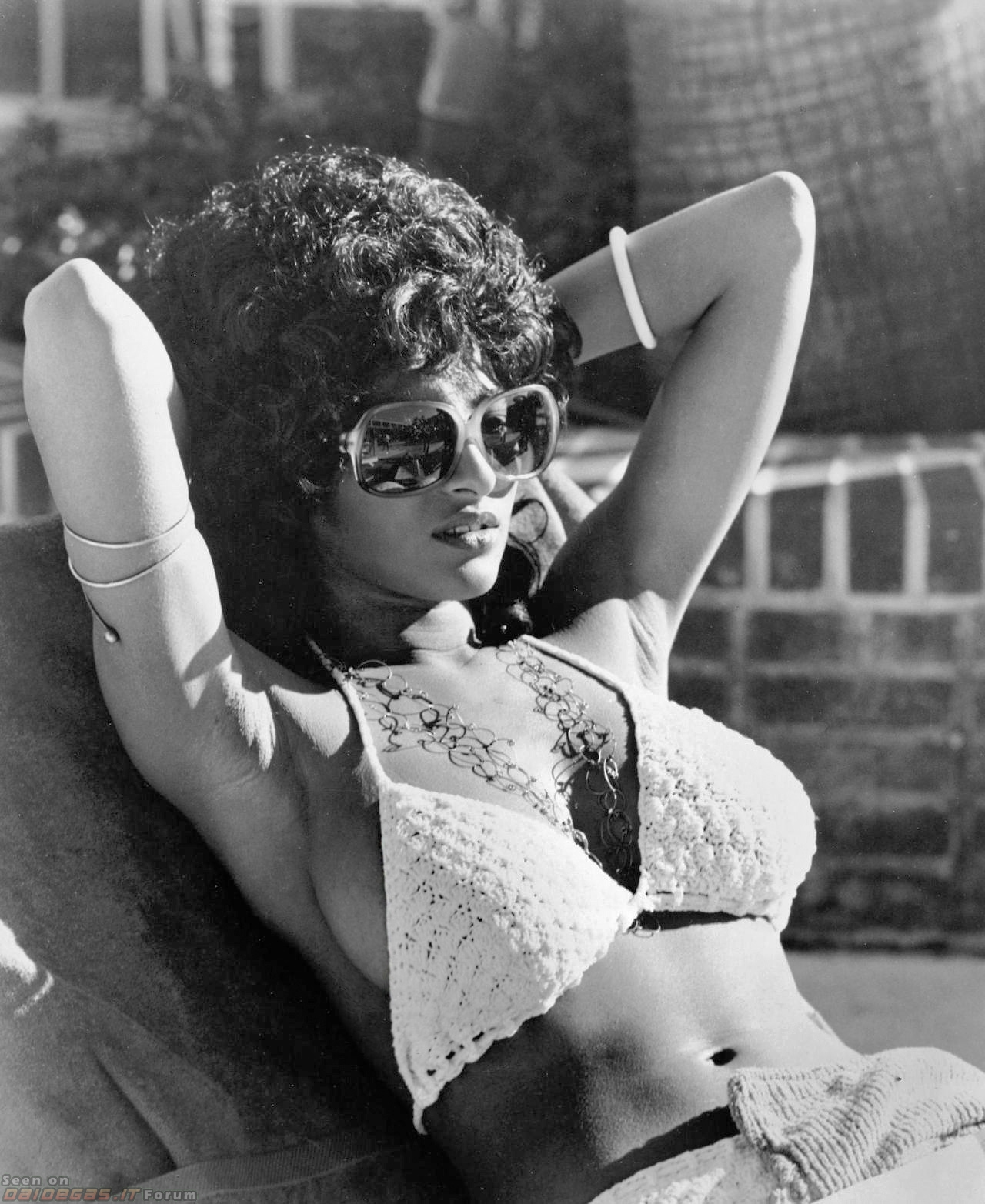 Pam grier nackt Arena Video