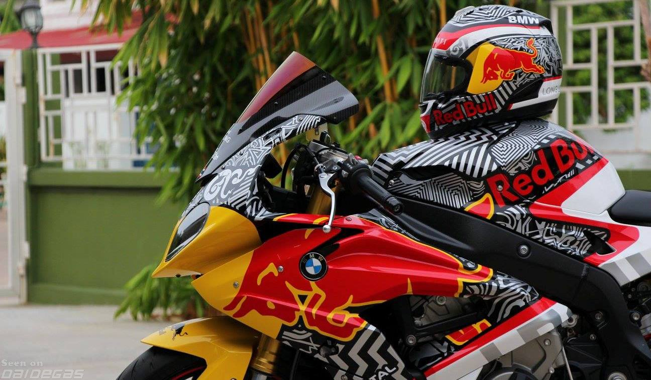 RED BULL SRR  By Hug Sticker BMW SRR Forums BMW - Red bull motorcycle custom stickers