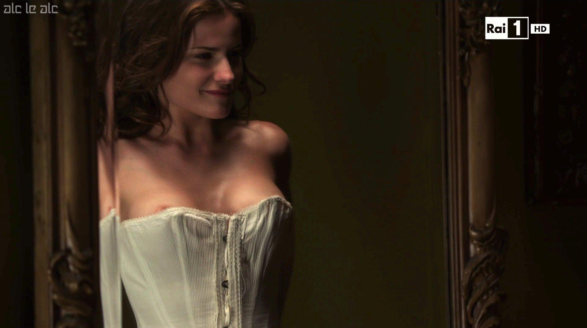 Giulia Gorietti Nude giulia elettra gorietti sexy raccolta foto thread - daidegas
