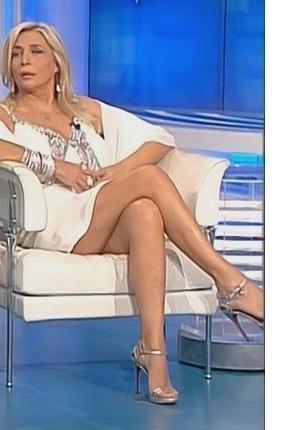 feet Mara venier